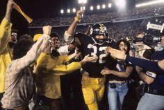 7b800c8ab Former Pittsburgh Steelers Hall Of Frame...Franco Harris🥇🎗🏆🏈💛