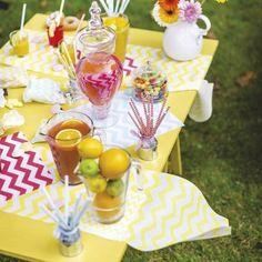 Chemin de table chevron jaune