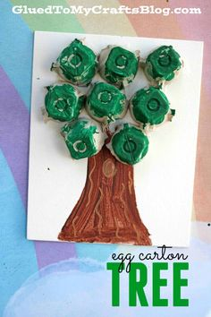 Egg Carton Tree {Kid's Earth Day Craft} Upcycled DIY for Kids - Recycled Materials Craft Tutorial art projects for kids earth day preschool crafts Recycling Projects For Kids, Recycled Crafts Kids, Recycled Art Projects, Easy Crafts For Kids, Toddler Crafts, Preschool Crafts, Recycled Materials, Recycling Activities For Kids, Recycle Crafts