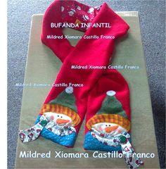 Bufanda Navideña Infantil - Decoración Navidad 2013 ♥ Christmas Sewing, Christmas Time, Christmas Crafts, Holiday, Christmas Ideas, Snowman Crafts, Mug Rugs, Wraps, Diy Crafts
