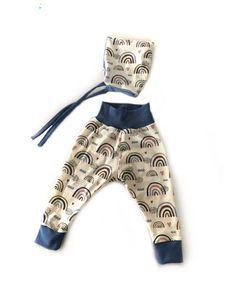 """Kattelchen on Instagram: """"Leggings und Zwergenmütze aus den tollen Regenbögen 🌈 . . #handmade #handmadebykattel #handmadeshops_verbindet #handmadewithlove #sewing…"""" Rompers, Leggings, Instagram, Dresses, Fashion, Moose, Projects, Vestidos, Moda"""