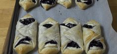 Blueberry Pastries | If You Like Blueberries, You're Going to Love THIS!    --  Not too sure about the ricotta cheese, maybe cream cheese instead.
