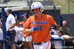 With one down in the sixth, Bailey Castro launched a solo home run to left, providing the final margin in Florida's 7-0 win.
