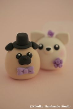 Hey, I found this really awesome Etsy listing at https://www.etsy.com/listing/196479567/pug-and-chiwawa-chihuahua-wedding-cake