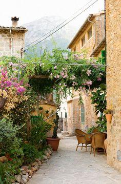 The pretty streets of Mallorca, Spain Deia Mallorca, Mallorca Island, Places Around The World, Around The Worlds, Beautiful World, Beautiful Places, Places To Travel, Places To Visit, Haute Provence
