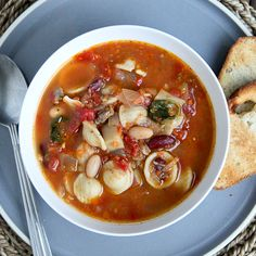 Sausage & Vegetable Minestrone Soup #Soup #Minestrone