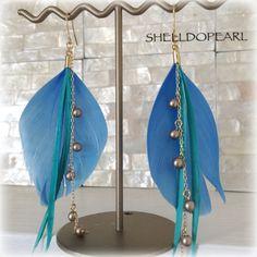 ガチョウの天然羽根を使用したフェザーピアス♥︎全長(フック含む):約10cm素材:天然羽根•パール0.5㎜•合金使用色違いも...|ハンドメイド、手作り、手仕事品の通販・販売・購入ならCreema。