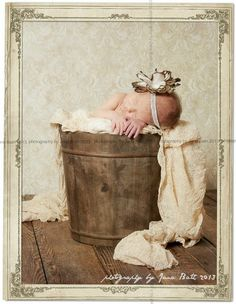 Germany, Deutschland, Rostock, Fotostudio Jana Bath 2013, baby Miley 2 weeks, vintage style, newborn, photo by Jana Bath 2013, www.foto-bath.de