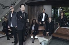 Pat Monahan of Train Names His Five Favorite Places to Eat While on Tour Pop Rock Songs, Patrick Monahan, Train Music, My Yankees, Sing To Me, Best Places To Eat, New Woman, Dj, Meet