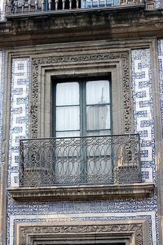 MEXICO CITY - Casa de los Azulejos (House of Tiles from Colonial period in downtown Mexico City.  Still in use)