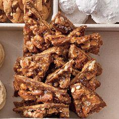Festive Christmas Cookies: Salted Caramel-Pecan Bars