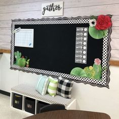 51 Best Classroom Decoration Ideas - Chaylor & Mads 51 amazing classroom decoration ideas including how to create a cozy reading nook, an amazing teacher space, awesome bulletin boards and wait until you see this Kindergarten Classroom Decor, Classroom Decor Themes, 4th Grade Classroom, Middle School Classroom, New Classroom, Classroom Design, Classroom Organization, Classroom Ideas, Science Classroom