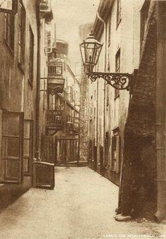 lamus dworski - Old Town disctrict of Warsaw, Poland, 1926....