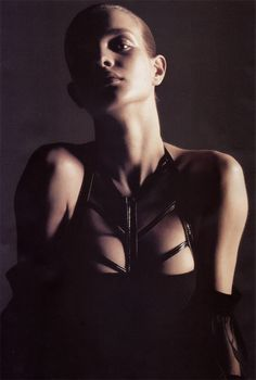 ☆ Natalia Vodianova | Photography by Mario Sorrenti | For Vogue Magazine France | August 2002 ☆ #Natalia_Vodianova #Mario_Sorrenti #Vogue #2002