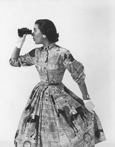 Lee Meriwether poses in a horse printed Everglaze dress, 1950s. More from this shoot in the Hagley Digital Archives.