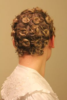 Son's ....Please put my hair in pin curls..I need to have glamorous look tonight