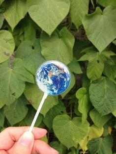 食べるのがもったいない!小さな地球アースキャンディが美しすぎる!