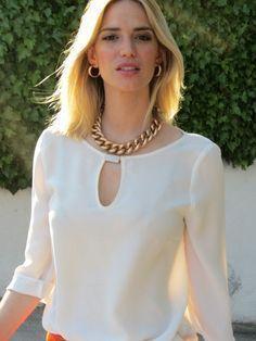 Pin by Nancy Barrezueta on blusas Blouse Styles, Blouse Designs, Casual Dresses, Fashion Dresses, Blouse Dress, Look Chic, Casual Chic, Blouses For Women, Womens Fashion