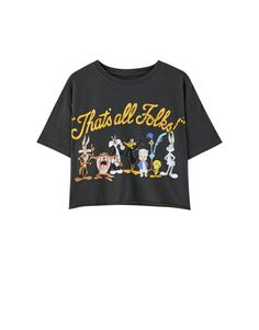 Pull&Bear - Female - Camiseta looney tunes negra - Neg-delav - S Looney Tunes, Geile T-shirts, Thats All Folks, Pull N Bear, Cartoon Styles, Clothing Items, Cool T Shirts, Personal Style, Short Sleeves