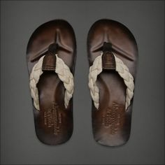 Mens Heritage Flip Flops.  Should buy them for your boyfriend;)