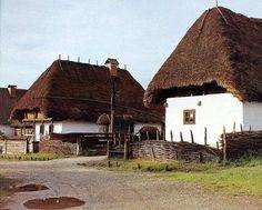 Hungary Austria, Vernacular Architecture, European House, Closer To Nature, Travel Design, Budapest Hungary, Picture Design, Traditional House, Cozy House
