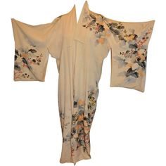 Preowned Vintage Fully Lined Silk Japanese Kimono With Floral And Gold... ($2,600) ❤ liked on Polyvore featuring kimono, vintage and multiple