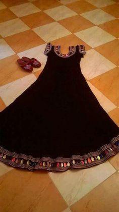 Djebatte darre ♡ Only Fashion, Suit Fashion, Fashion Dresses, Womens Fashion, Dress Neck Designs, Blouse Designs, Balochi Dress, Afghan Dresses, Baby Dress Patterns