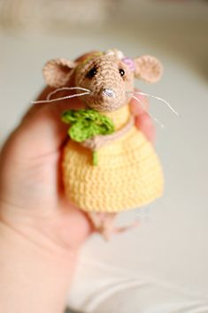 Shamrock mouse / miniature mice Flower Girl Gifts, Quirky Gifts, My Sewing Room, Mice, Christmas Tree Ornaments, Organic Cotton, Dinosaur Stuffed Animal, Etsy Seller, Crochet Hats