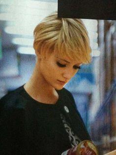 8.Haircuts for Short Hair