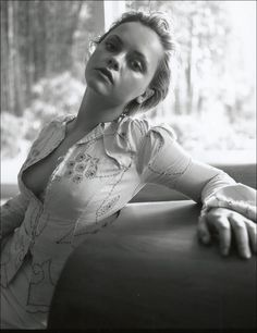Celebs Discover christina ricci photoshoot black and white Christina Ricci Beautiful Celebrities Beautiful Actresses Beautiful People Beautiful Women Art Beauté Actrices Hollywood American Actress French Actress Beautiful Celebrities, Beautiful Actresses, Gorgeous Women, Beautiful People, Christina Ricci, Actrices Hollywood, American Actress, French Actress, Actors & Actresses