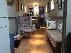 Great living room layout : 'Chloe', a liveaboard, canal boat, narrowboat/narrow boat Barge Interior, Best Interior, Boat Building Plans, Boat Plans, Building Ideas, Canal Boat Interior, Narrowboat Interiors, Houseboat Living, Tiny House Movement