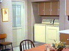 bewitched kitchen | 1164 Morning Glory Circle: The 1164 Studio Set: Kitchen