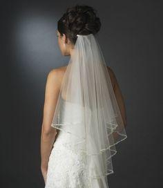 Fryzury ślubne z welonem - najpiękniejsze upięcia dla panny młodej