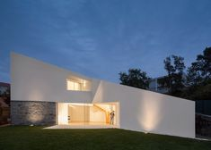 Taíde House built over the granite walls of a family's original home.