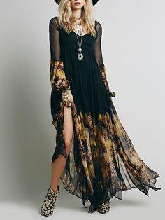 Vestido estampado con cuello en V negro con cuello en V