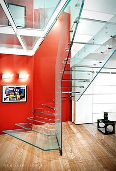 Structural glass hanging stairs STRUKTURA by OFFICINE SANDRINI