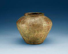 A green glazed potted jar, Han dynasty (206 BC - 220 AD).  Diameter 22 cm.