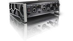 Tascam US-2x2: USB Audio Interface mit 2 Inputs + 2 Outputs - http://www.delamar.de/musik-equipment/tascam-us-2x2-25270/?utm_source=Pinterest&utm_medium=post-id%2B25270&utm_campaign=autopost