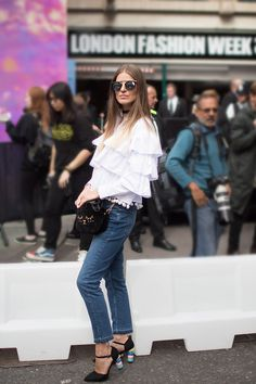 9a0096802f17a london-fashion-week-street-style-ss17-fashion-blogger-