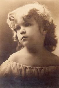 Vintage Photo Young girl abt 1900
