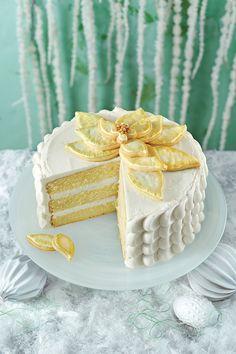 White Chocolate Poinsettia Cake