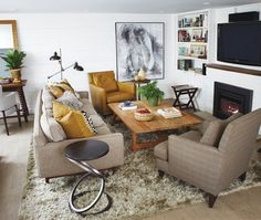 Small & Bright Basement Living Room // Photographer Angus Fergusson // House & Home June 2011 issue