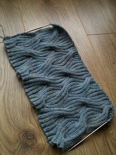Ravelry: Project Gallery for #02 Reversible Cabled-Rib Shawl pattern by Lily M. Chin