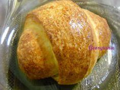 Just cooking!: Mini-croissant cu cremă de vanilie Mini Croissant, Just Cooking, Strudel, Baked Potato, Potatoes, Bread, Baking, Ethnic Recipes, Mai
