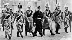 Die Vorgänge, die sich in den ersten Novembertagen des Jahres 1918 im großen Hauptquartier in Spa abspielten, zählen wohl zu den Ereignissen des 1.Weltkriegs, die mit den meisten Legenden behaftet sind.