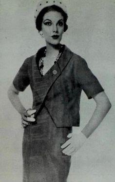 1958 Carven 1950s Fashion, Vintage Fashion, Classic Fashion, Women's Fashion, Paco Rabanne, Sophia Loren, Carven, Image Collection, Book Publishing