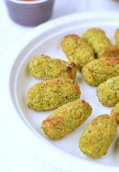 Low Carb Broccoli Tater Tot Recipe with Coconut Flour :http://www.sweetashoney.co/low-carb-broccoli-tater-tot-recipe-with-coconut-flour/