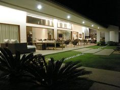 Find out all photos and details of AC House, Brazil on Archilovers. Browse the complete collection of pictures and design drawings Modern Garden Design, Modern House Design, Home Interior Design, Exterior Design, Plan Ville, Classic House Exterior, Home Ac, Luxury Homes Dream Houses, Quirky Home Decor