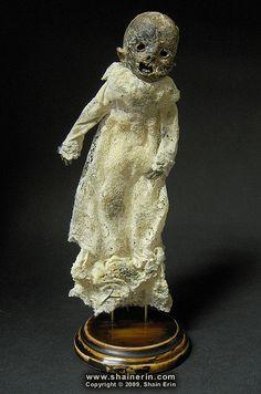 Victorian Mumm by Shain Erin