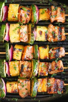 Healthy Dinner Ideas Easy To Make : Illustration Description Asian Salmon and Veggie Kebabs — chunks of salmon, pineapple, red onion, and zucchini marinaded in a spicy sriracha-ginger mixture before hitting the grill, via Damn Delicious® Kabob Recipes, Fish Recipes, Seafood Recipes, Healthy Grilling, Grilling Recipes, Cooking Recipes, Cooking Ribs, Potluck Recipes, Dinner Recipes